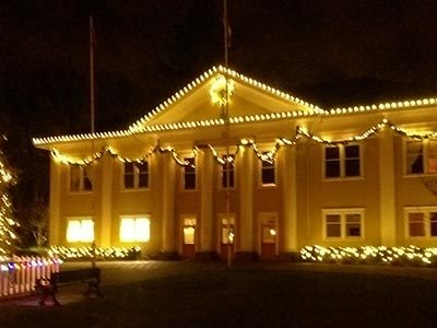 Ft Langley Christmas Village Cruise - Paddlewheeler Riverboat Tours